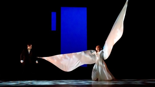 Compagnie Philippe Genty: Forget Me Not. Photo Pascal François