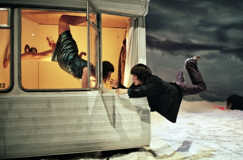 Peeping Tom - 32 Rue Vandenbranden - Photo Herman Sorgeloos