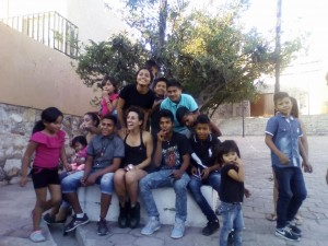 Artists and local children at Ficho Fest' 2018 Caravana in Guadalajara